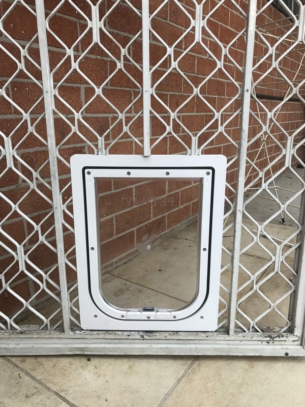 security-screen-petdoor (10)
